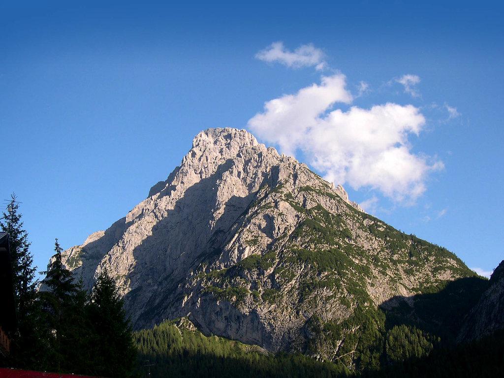 Photo №1 of Monte Siera