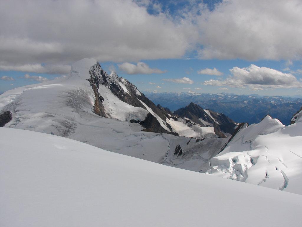 Photo №1 of Resplendent Mountain