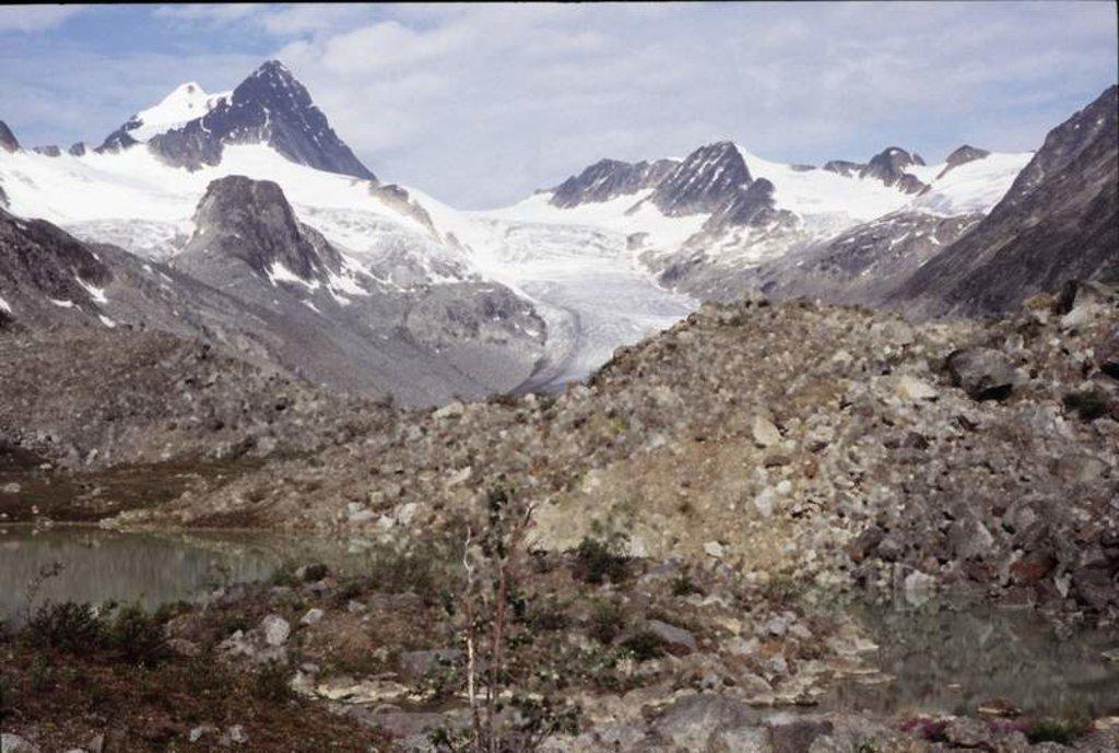 Photo №1 of Keele Peak