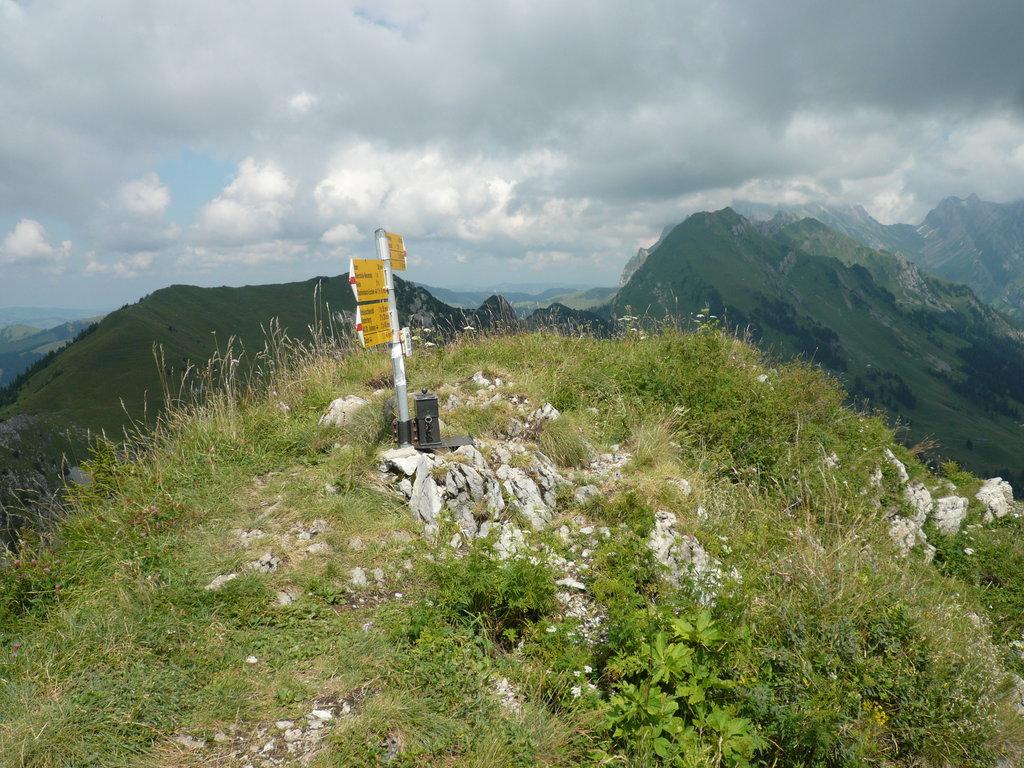 Photo №2 of Neuenalpspitz