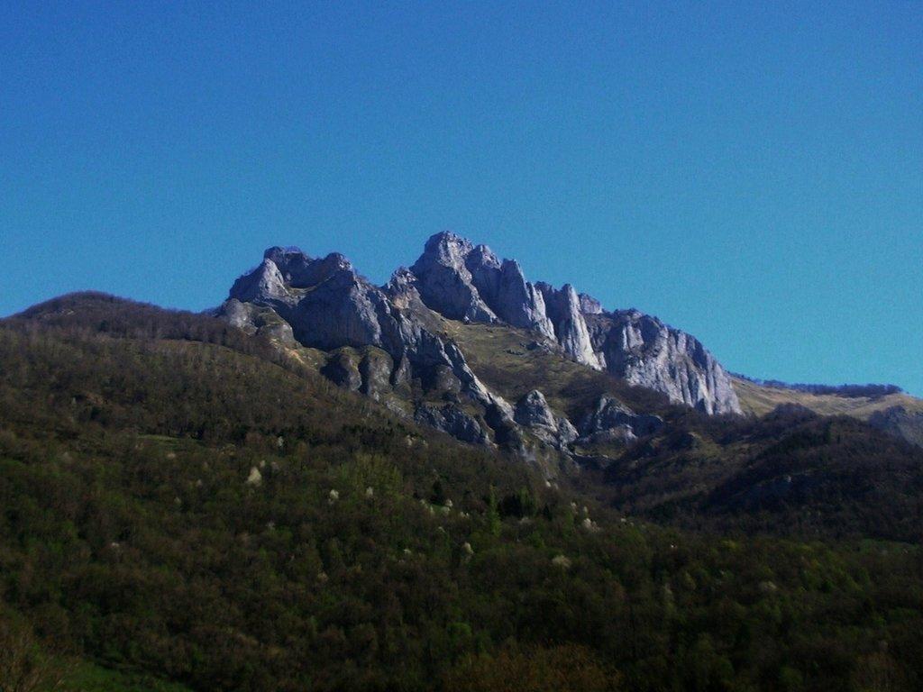 Photo №1 of Pic du Gar