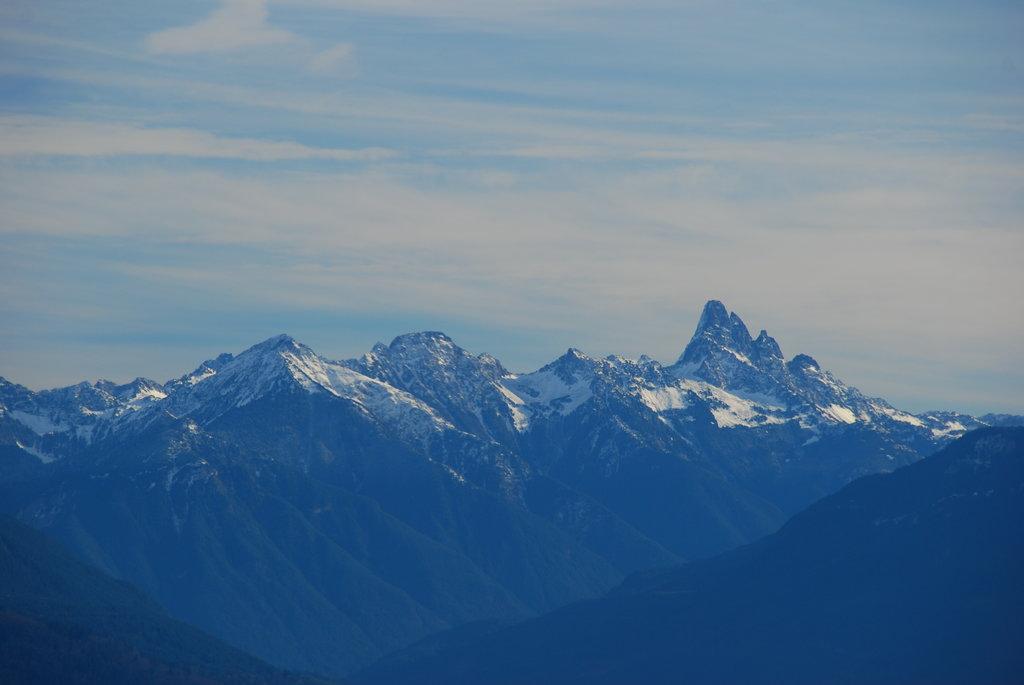 Photo №2 of Slesse Mountain
