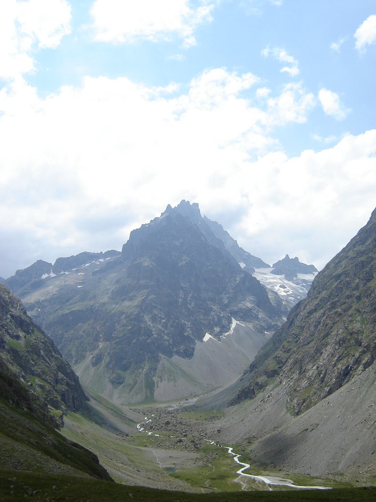 Photo №1 of La Grande Ruine