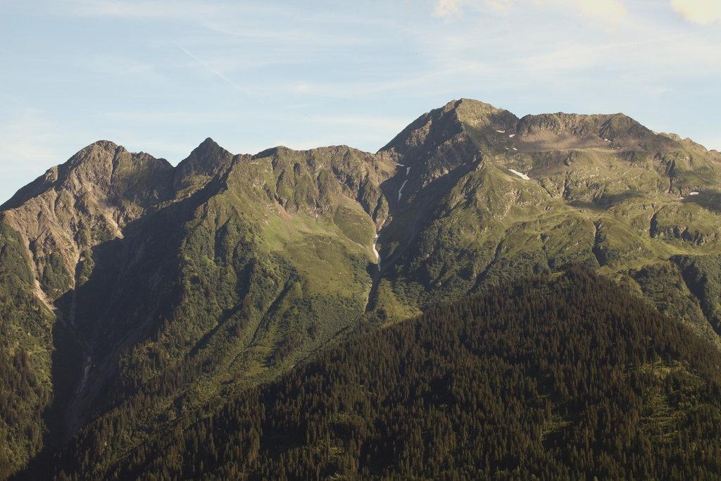 Photo №1 of Mont Mirantin