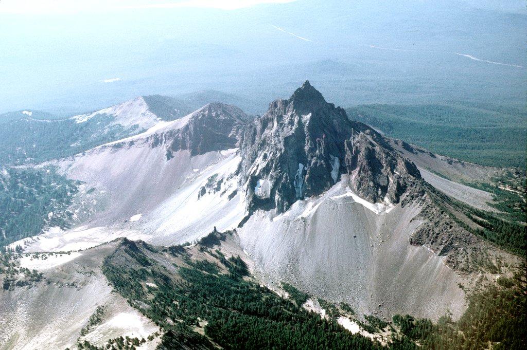 Photo №4 of Mount Thielsen