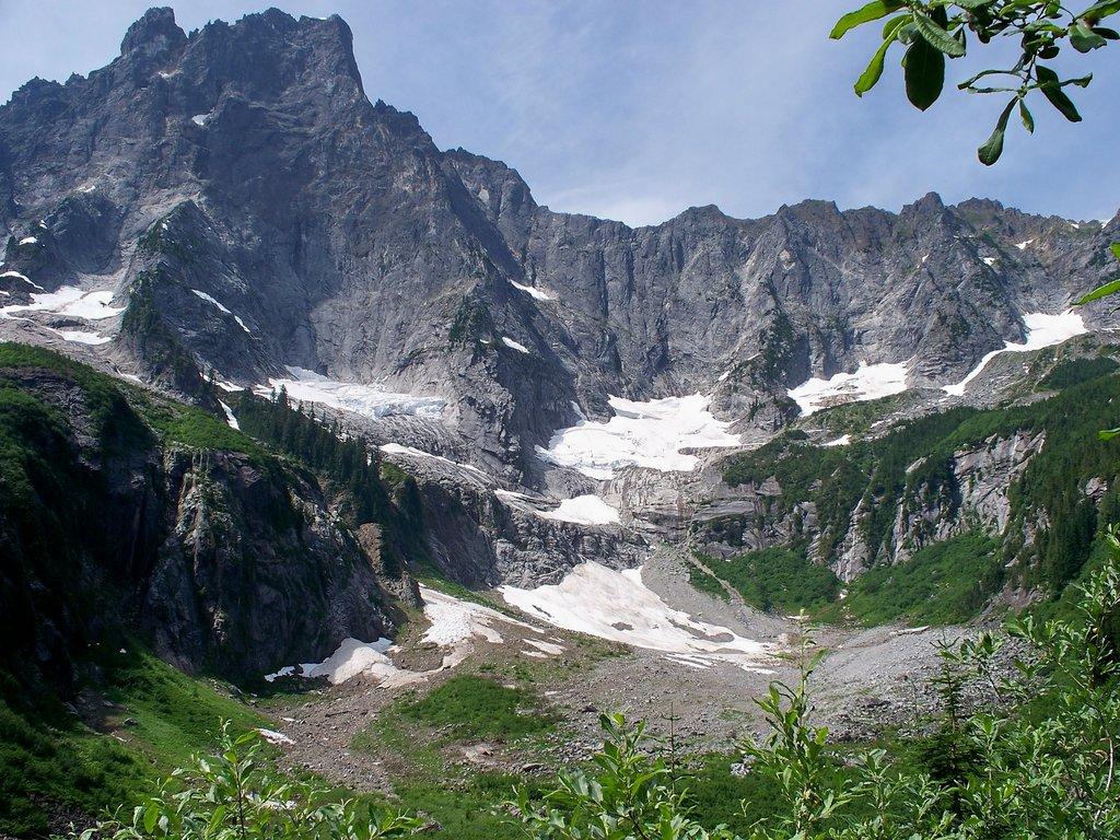 Photo №1 of Slesse Mountain