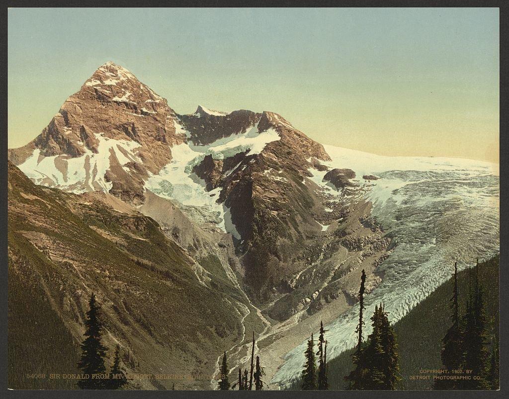 Photo №1 of Mount Sir Donald