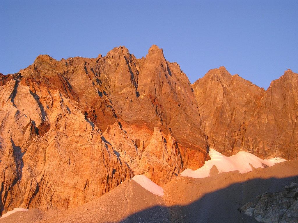 Photo №1 of Split Mountain