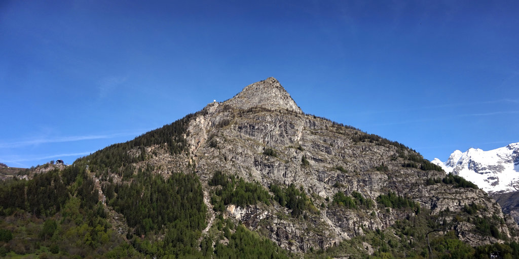 Photo №1 of Mont Chetif