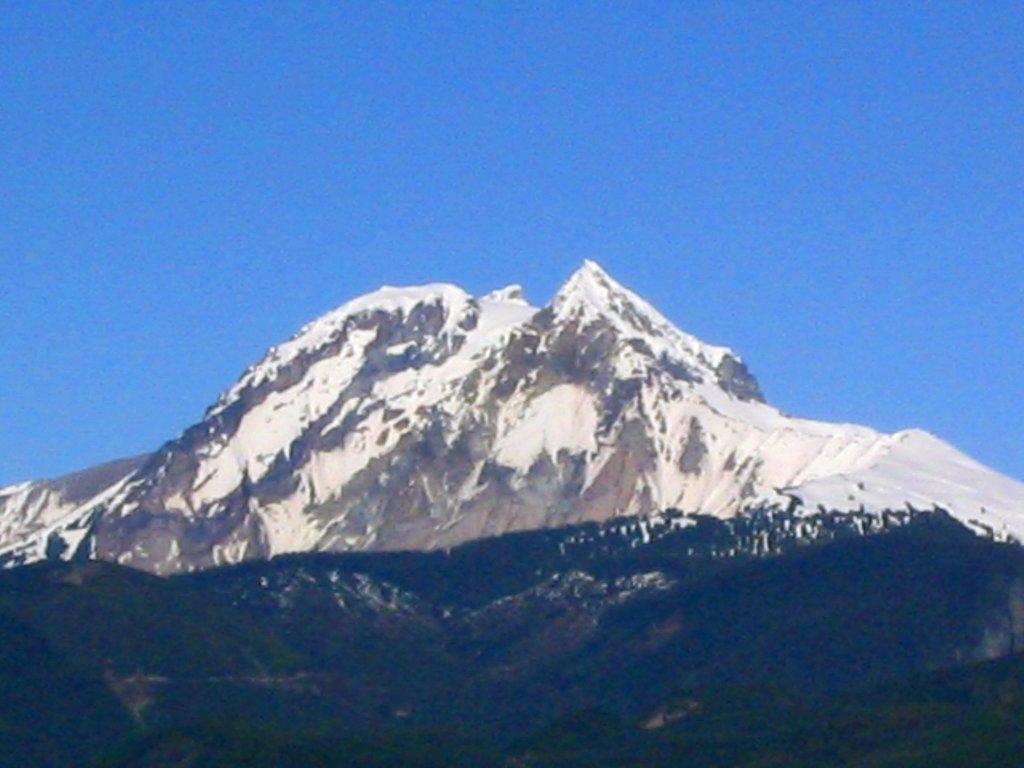 Photo №1 of Mount Garibaldi