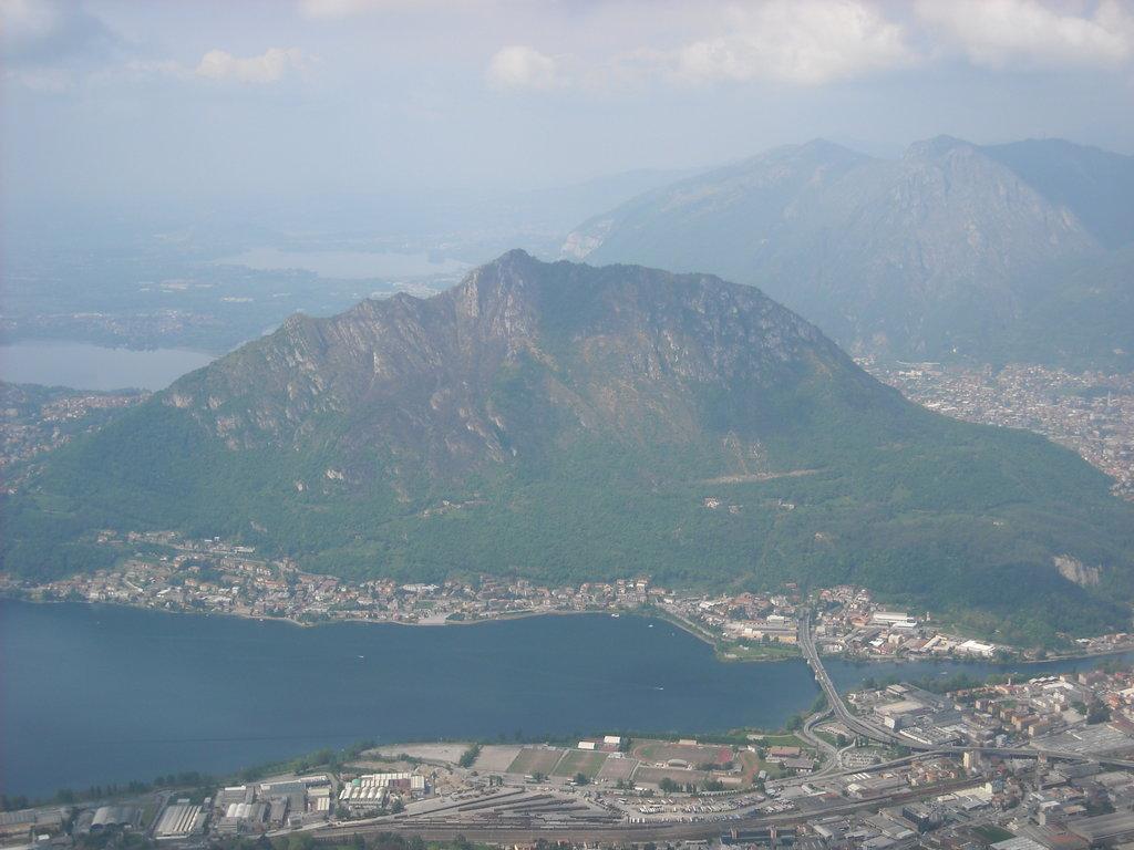 Photo №1 of Monte Barro