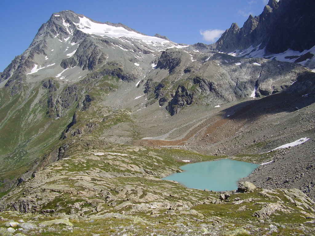 Photo №1 of Mont-Gele