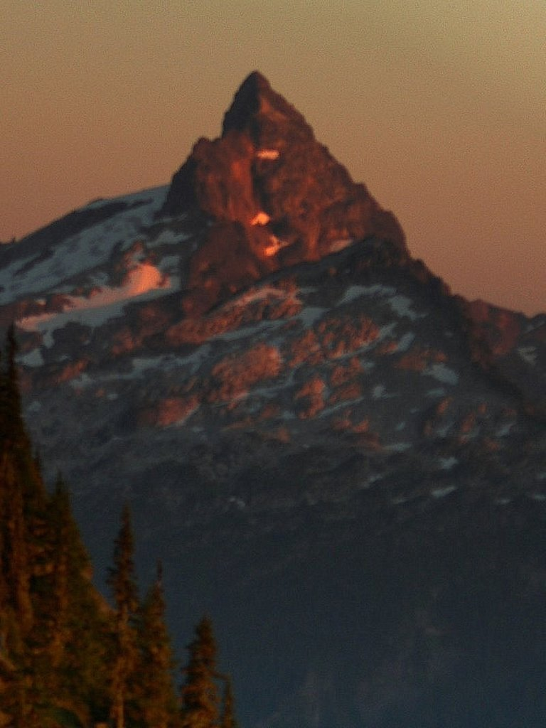 Photo №1 of Sloan Peak