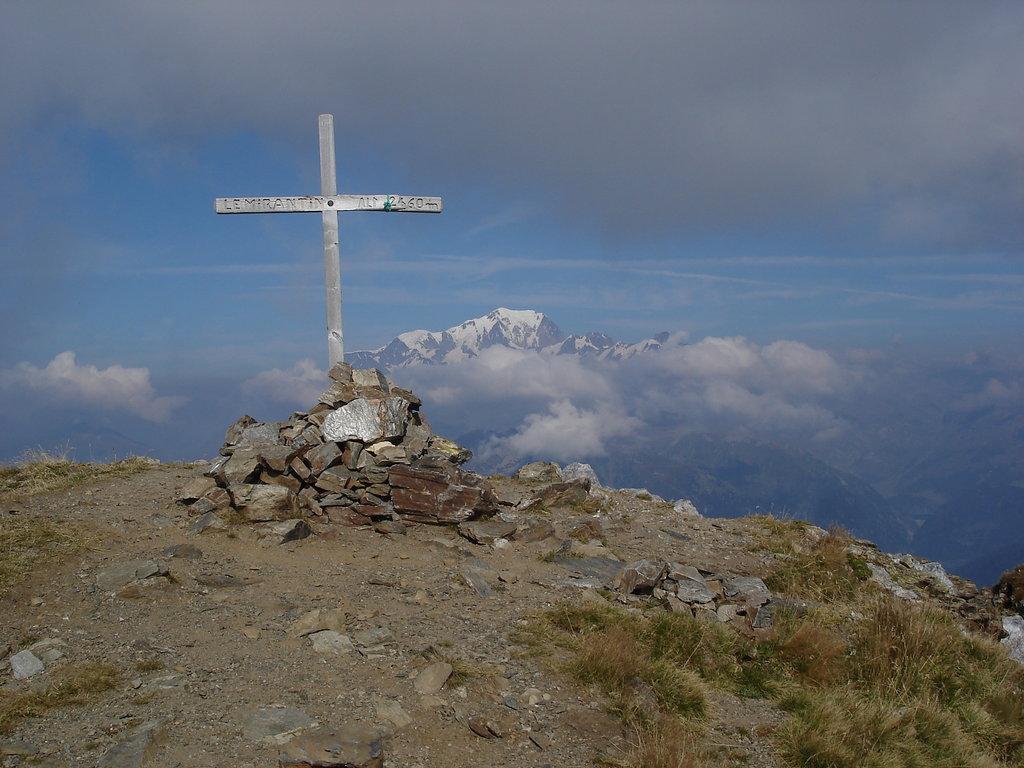 Photo №2 of Mont Mirantin