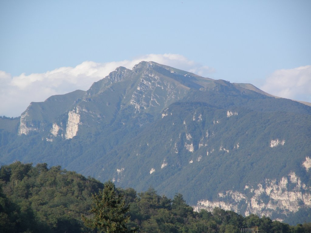 Photo №1 of Monte Generoso