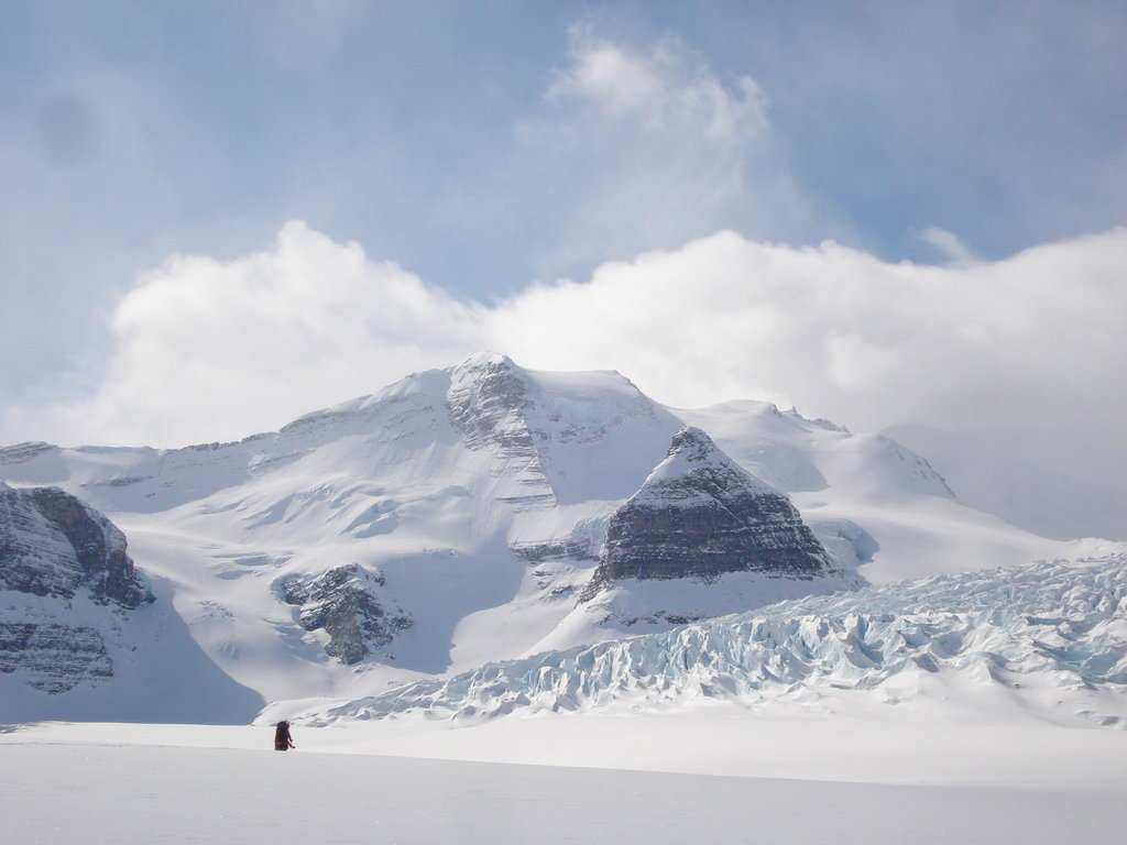 Photo №2 of Resplendent Mountain
