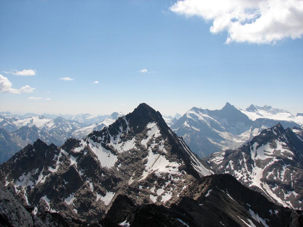 Photo №1 of Cariboo Mountains