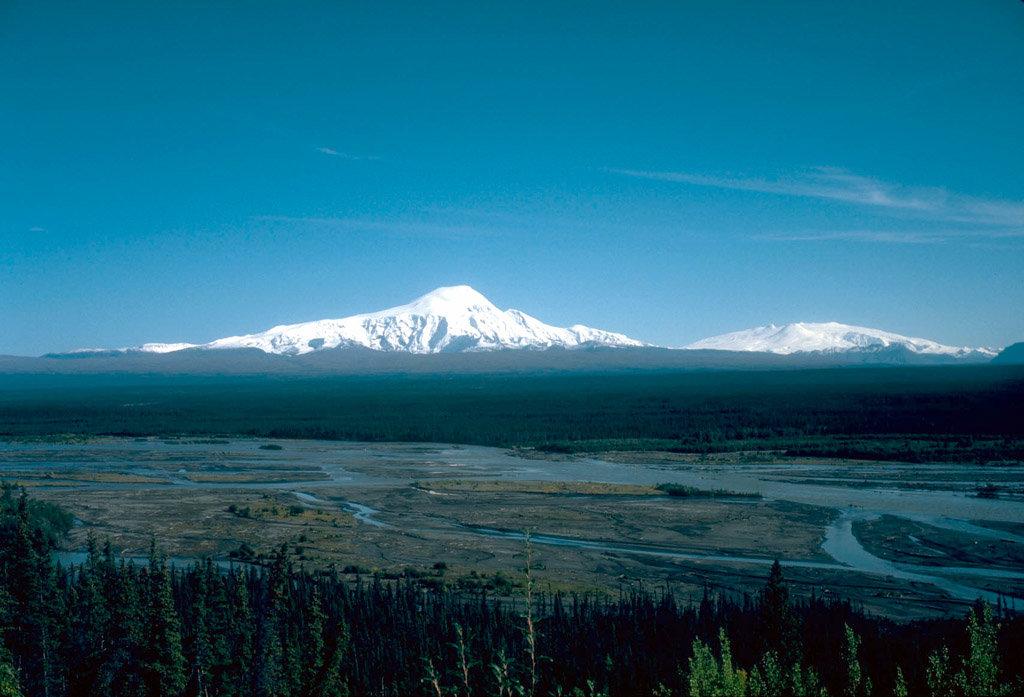 Photo №1 of Mount Sanford
