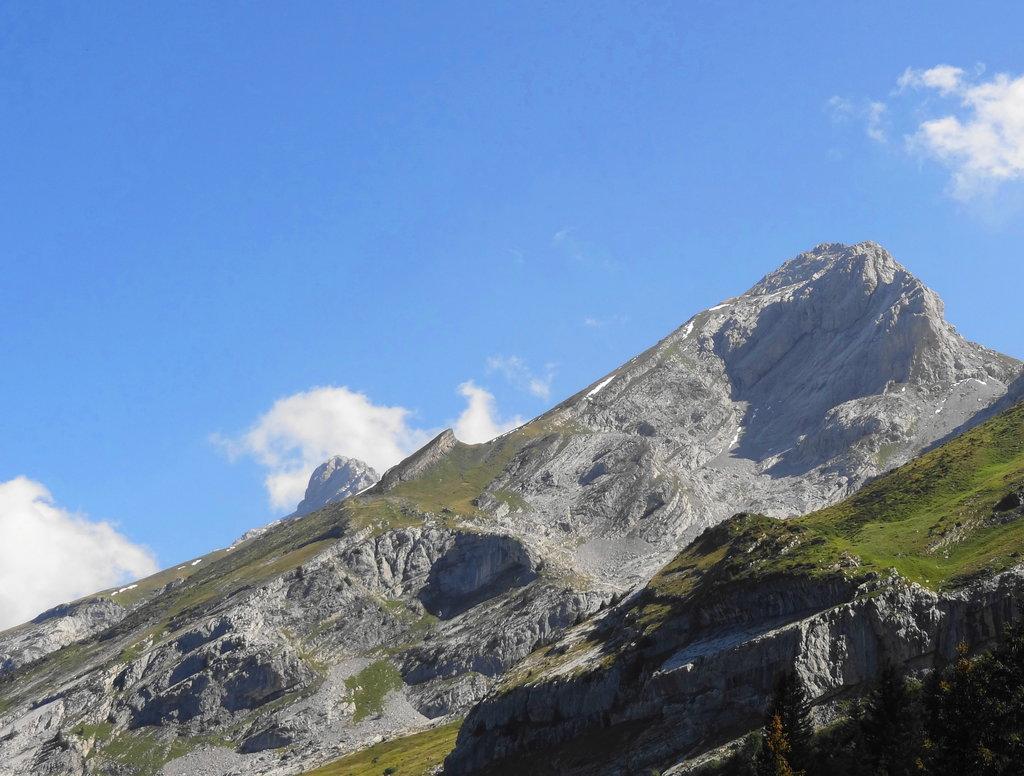 Photo №1 of Mont Charvet