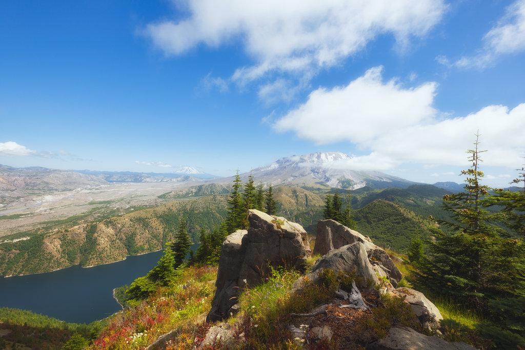 Photo №1 of Castle Peak