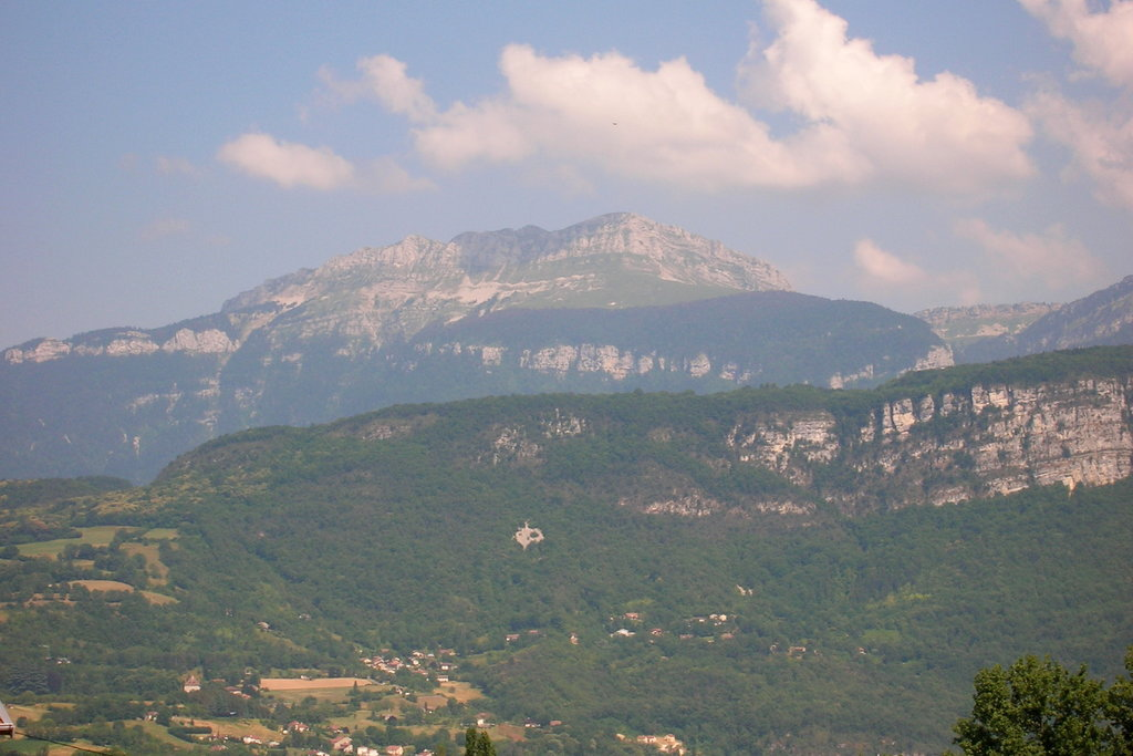 Photo №1 of La Grande Sure