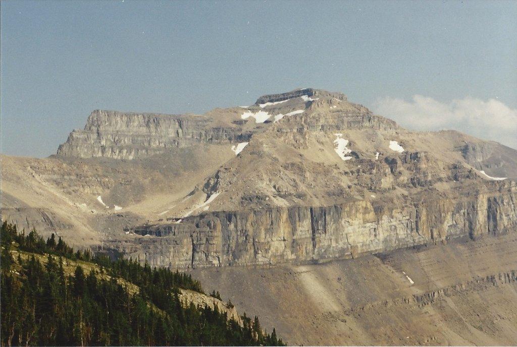 Photo №1 of Redoubt Mountain