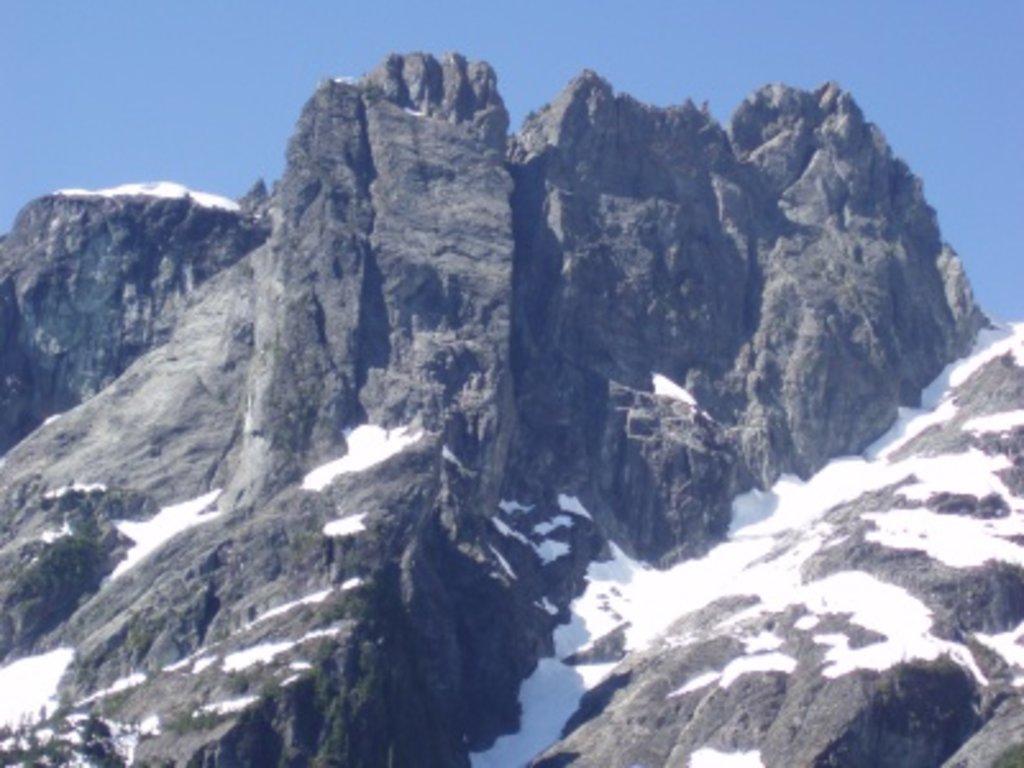 Photo №1 of Edge Peak
