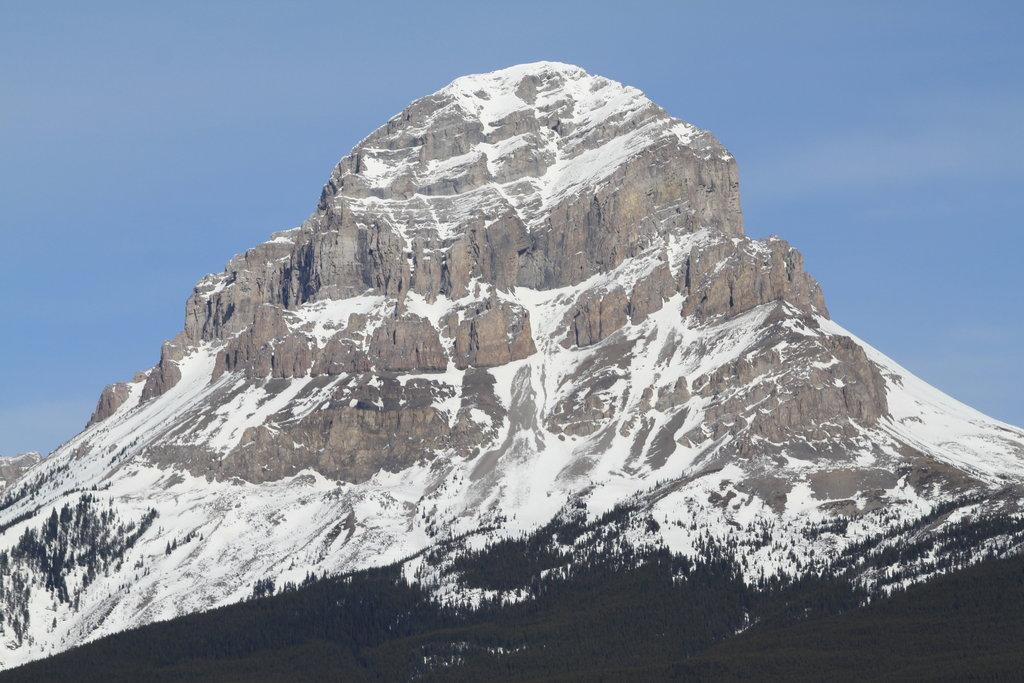Photo №1 of Crowsnest Mountain