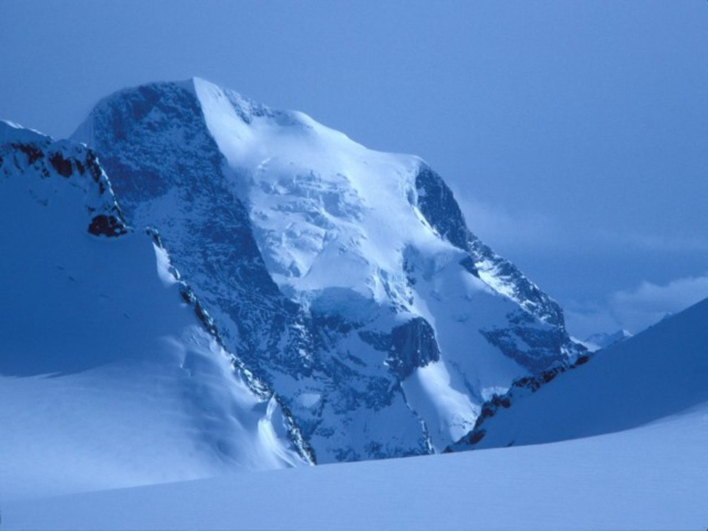 Photo №1 of Mount Sir Sandford