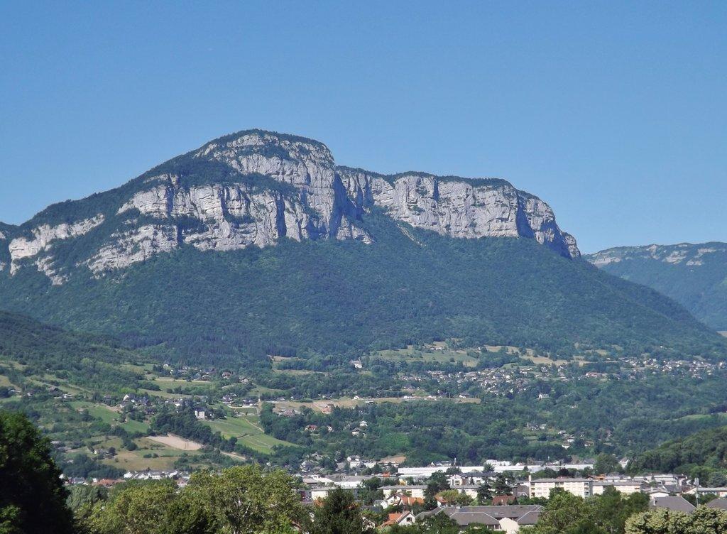 Photo №1 of Mont Peney