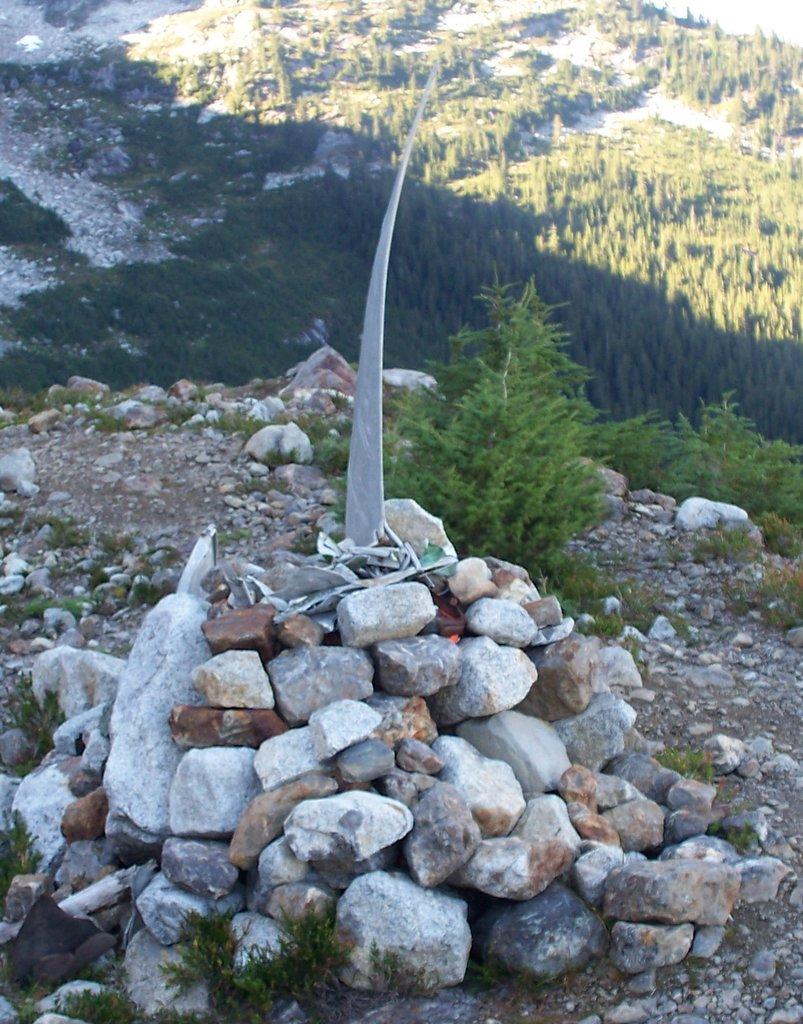 Photo №3 of Slesse Mountain