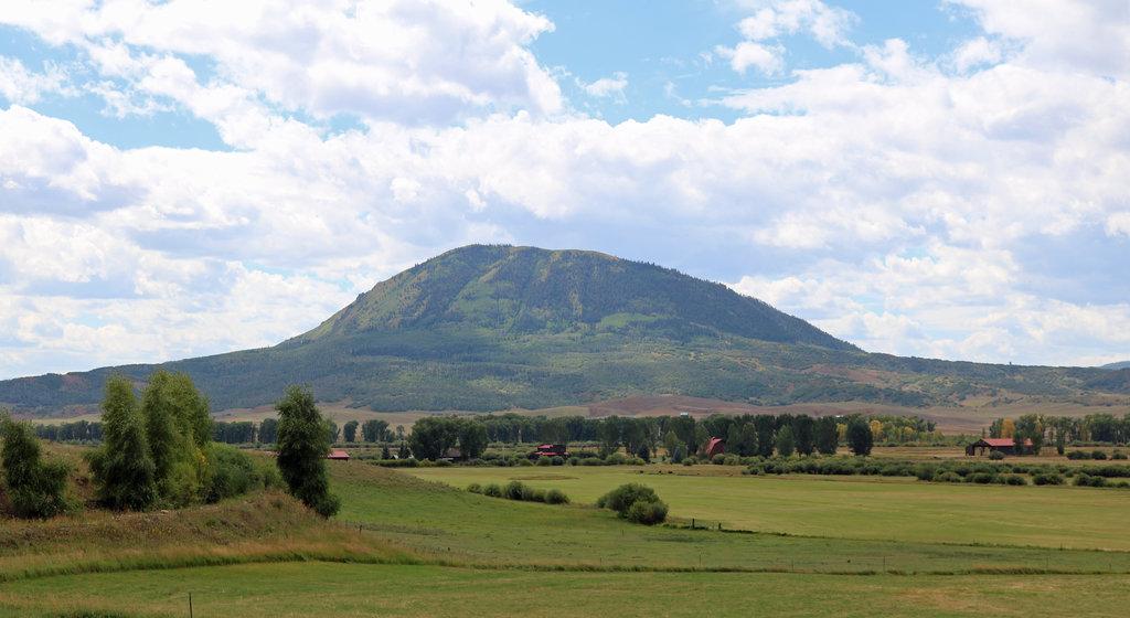 Photo №1 of Elk Mountain